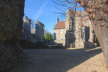 220px-Reading_Abbey_05